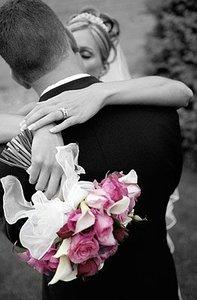 Число свадеб сократилось более чем в два раза
