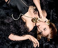 Что такое гламур и как стать светской львицей?. Есть «узницы рублевских замков» - жены состоятельных бизнесменов, для которых ужин в модном московском ресторане уже праздник.