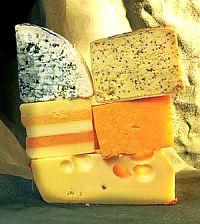 8 продуктов женской красоты. Твердый сладковатый сыр - настоящий концентрат кальция - более 300 мг в 25 г сыра, который, как известно, служит строительным материалом для костей и зубов. «Эмменталь» укрепляет ногти и способствует их быстрому росту.