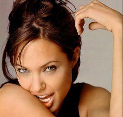 Анджелина Джоли: глянцу - бой!