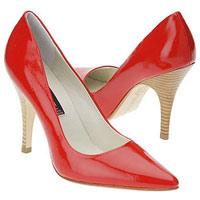 Не сочетайте цвет сумки и обуви!.