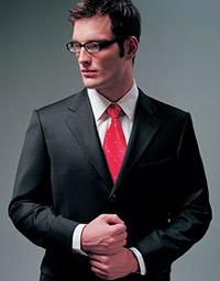 В правильном костюме вас не примут за швейцара. Фото Imedia.ru