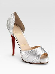 От босоножек до сапожек - модная свадебная обувь
