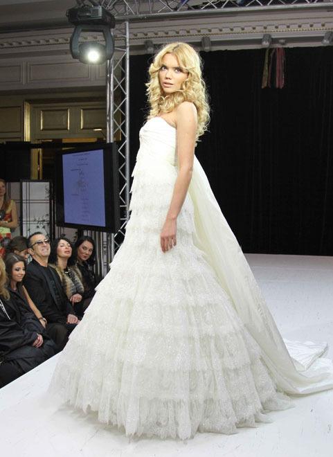Свадебных платьев и аксессуаров