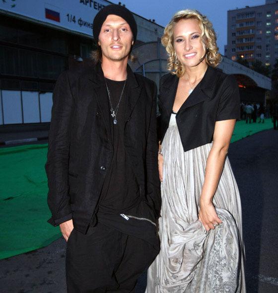 Звездная жизнь. Павел Воля и Марика решили пожениться ...: http://www.missus.ru/photo/report/454